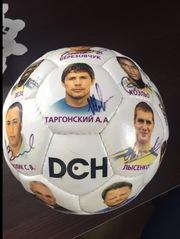 М'яч з автографами ФК Металіст